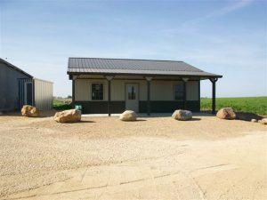 custom outbuildings pella